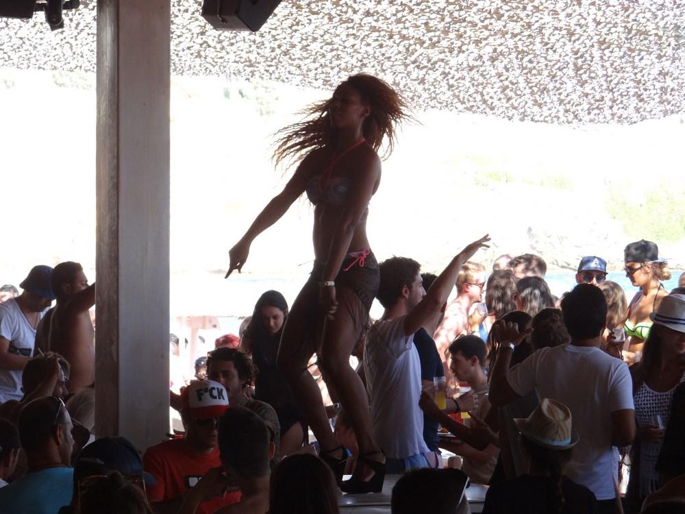 Clubbing in Mykonos