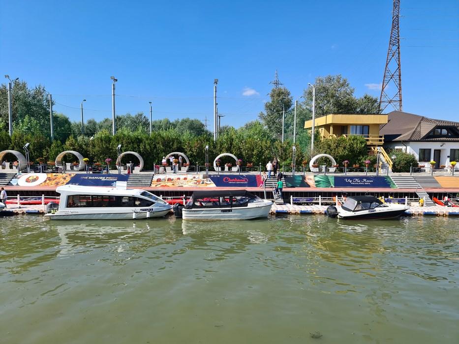 Debarcader Lebada Resort